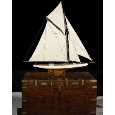 Authentic Models 1901 America's Cup Boat - Columbia, Large